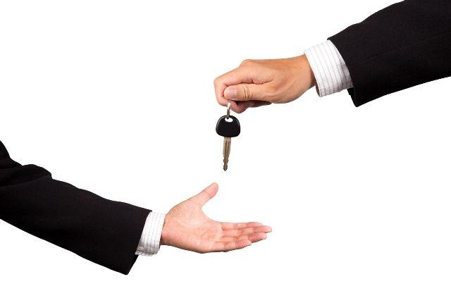 ¿Necesitas un coche de sustitución gratuito?.001