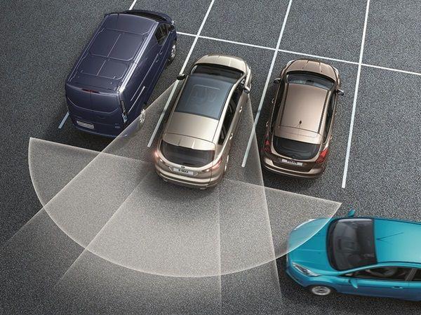 Nueva tecnologia de Ford para no superar los límites de velocidad.003