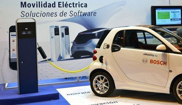 Bosch lanza su plataforma de software eMobility en España001