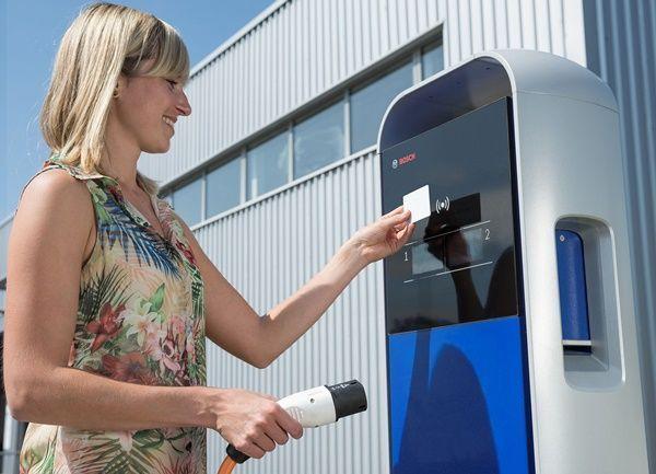 Bosch lanza su plataforma de software eMobility en España002