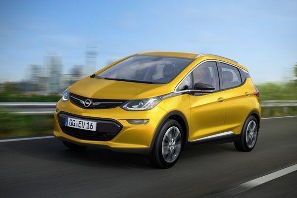Nuevo coche eléctrico de Opel, el Ampera-e001